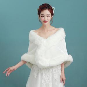 ホワイトケープ 花嫁 パーティ 結婚式 ファー あったかアイテム パーティー 防寒 ふわふわ かわいい おしゃれ モコモコ bouquet-de-coton