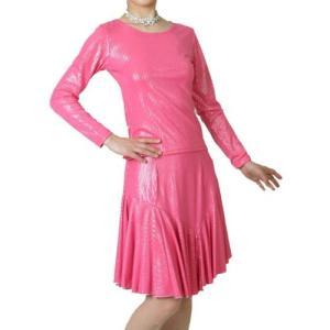 光沢伸縮ニット素材のダンス用Tシャツとスカートのセット アンサンブル ピンク|bourree