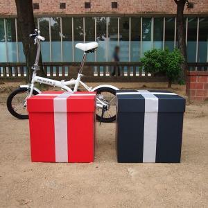 特大ボックス(赤/黒)40センチ角 白リボン付き|boxstore-net