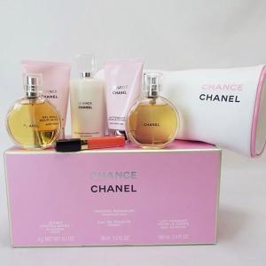 53cb65a8afeb シャネル チャンス 化粧ポーチ 化粧品セット リップグロス 香水 乳液 中古 Aランク | EDT 35ml CHANEL CHANCE
