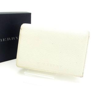 ■管理番号:E505 【商品説明】 バーバリー【BURBERRY】の  二つ折り財布です♪ ◆ランク...