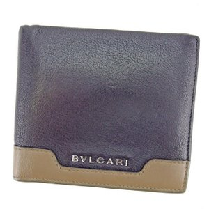 ■管理番号:L1155 【商品説明】 ブルガリ【BVLGARI】の  二つ折り財布です。 高級感のあ...