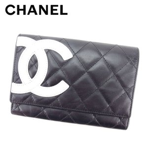 ■管理番号:T5143 【商品説明】 シャネル【CHANEL】の二つ折り財布です。 エレガントなカン...