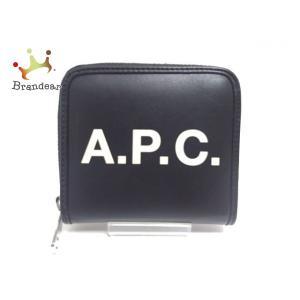 【ブランド】 A.P.C.(アーペーセー) 【ジャンル】 2つ折り財布 【実寸サイズ】 縦 : 約 ...
