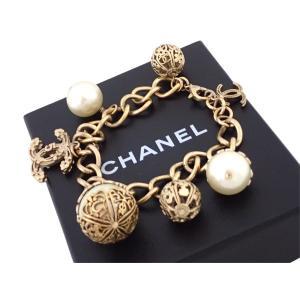 シャネル CHANEL ブレスレット ココマーク 金属素材xフェイクパール ゴールドxホワイト 定番人気|brandvalue-store