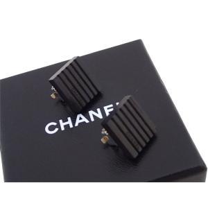 シャネル CHANEL イヤリング ロゴ ヴィンテージ ウッド ブラックxシルバー金具 定番人気|brandvalue-store