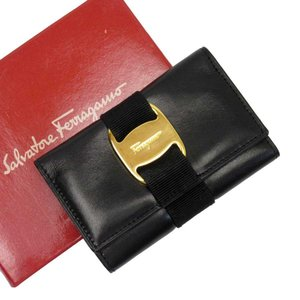 f82831400782 サルヴァトーレフェラガモ Salvatore Ferragamo 6連キーケース ヴェラ レザー ブラックxゴールド 定番人気