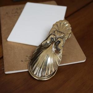 ペーパークリップシェル 真鍮製品金色 ブラス イタリア製アンティーク調雑貨|brass-alivio