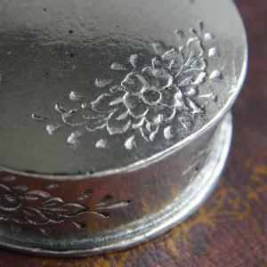 23%off 小物入れA ピューター製品 錫 銀色 イタリア製アンティーク調雑貨|brass-alivio|04