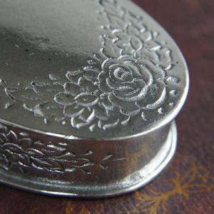 23%off 小物入れC ピューター製品 錫 銀色 イタリア製アンティーク調雑貨|brass-alivio|03