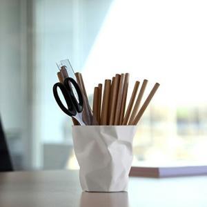 essey PENPEN Whiteユニークなデザインの鉛筆立てステーショナリーインテリア小物入れギフト プレゼントデンマークデスク周りのアクセント|bricbloc