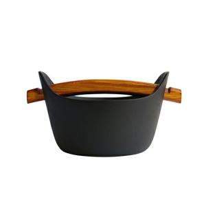 南部鉄器の老舗 釜定 洋鍋(小) 276釜定の小さな洋鍋1人分のお鍋として最適な大きさキッチン用品鉄分補給重厚感老舗鋳物屋伝統技術受注生産岩手県盛岡市多用途|bricbloc