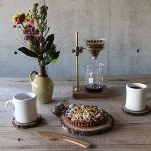 I'mD アイムディー Bew Table Rack ブラウン 散らかりがちな新聞や雑誌などをテーブル下にさっと収納できるラック|bricbloc