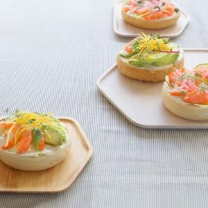 食卓が楽しくなるようなおうち型のプレート ACACIA PLATE HOUSE Mサイズ|bricbloc|03