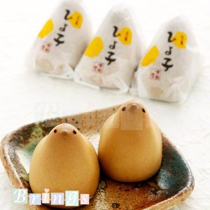 東京土産にかわいいひよこのお菓子はいかがですか?なめらかでやさしい黄味餡はおみやげにオススメです。贈...