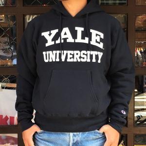 アメリカ製 チャンピオン YALE UNIVERSITY イエール Champion リバースウィーブ 赤タグ プルオーバースウェットパーカー 12.5oz MADE IN USA C5-S103 ネイビー|buddy-us-clothing