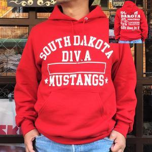 RUSSELL ATHLETIC ラッセルアスレチック BUDDY 別注 プルオーバーパーカー SOUTH DAKOTA スウェット パーカー レッド 赤 RED プリント トレーナー|buddy-us-clothing