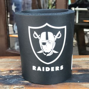 レイダース RAIDERS NFL Football 缶 クージー CAN KOOZIE 保冷・保温 アメリカ USA 350ml 缶ホルダー OAKLAND RAIDERS CAN COOLER|buddy-us-clothing