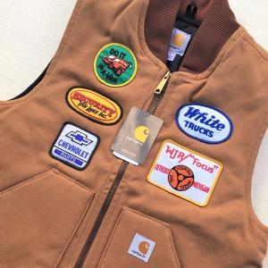 カーハート ワッペン付き ダックベスト ブラウン Sサイズ(日本のMサイズ相当)BUDDY オリジナル Carhartt V01 Duck Vest Quilt-Lined V01BRN 中綿 アメカジ |buddy-us-clothing