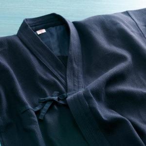 西日本武道具の紺一重道着。入門用のスタンダードな紺一重道着です。小学生のお子様や入門用として人気です...