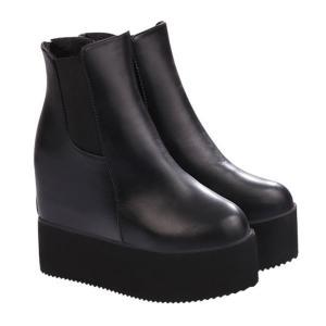 サイドゴアブーツ ウエッジブーツ 厚底ブーツ 2015秋冬トレンドのサイドゴアブーツは一足は持ってい...