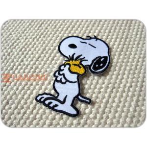 刺繍ワッペン/Snoopyハグ/スヌーピー/ウッドストック/USA/メール便送料無料/アイロン/アップリケ/CaJu+NiC[カジュニック]|cajunic
