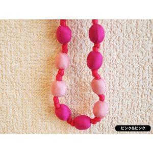 ハンドメイドのシルクアクセサリー ビーズネックレス ショート ピンク系 102cm ピンク&ピンク|cambodia