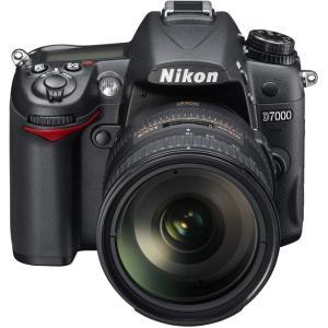 ニコン Nikon デジタル一眼レフカメラ D7000 18-200VRII キット 新品SDカード...