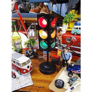 アメリカの信号機ライト(ブラック) アメリカ雑貨 アメリカン雑貨 おしゃれ 人気 演出用 男子|candytower