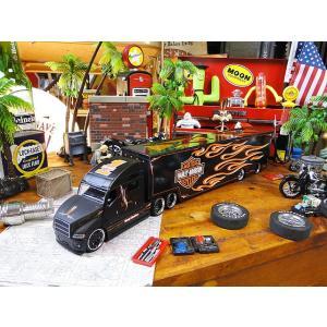 マイスト ハーレーダビッドソンのコンボイトレーラーのミニカー 1/64スケール(ブラックヘッド)  ■ アメリカン雑貨 アメリカ雑貨 harley davidson ミニカー candytower
