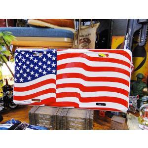 風になびく星条旗のライセンスプレート(ホワイトフレーム) アメリカ雑貨 アメリカン インテリア 壁飾り 小物 通販 人気 輸入 ガレージ用品|candytower