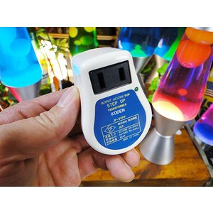 アメリカの電化製品を日本で使用するために使う変圧器 100V→120Vに電圧変換できる小型万能アップトランス 昇圧 変圧器 日本製 Sサイズ(60Wまで対応)|candytower