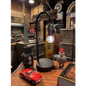 レトロテーブルランプ 単三電池式LEDライト ■ アメリカン雑貨 アメリカ雑貨 テーブルランプ 卓上ライト|candytower