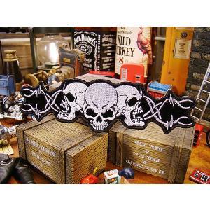 アメリカンバイカーズワッペン(Barbed Wire Skull Trio) アメリカ雑貨 アメリカン雑貨 アイロン 人気 ブランド おしゃれ バイク エンブレム candytower