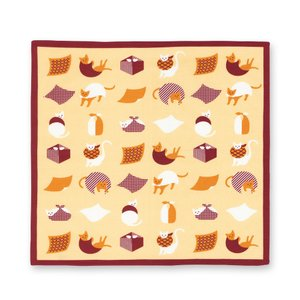 一三巾(いちさんはば)と呼ばれる約50cm角の小風呂敷。弁当包みやひざ掛けなど使い勝手の良いサイズで...