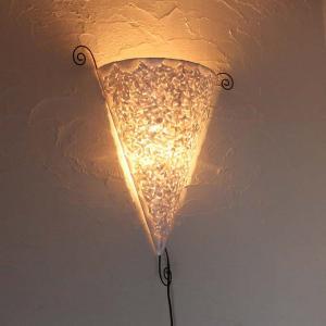 カピス貝のアジアンライト 壁掛け 照明 三角 ホワイト H70cm|caran2