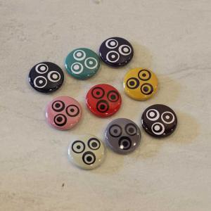カランカラン ロゴ入り オリジナル 缶バッチ 全9色 おしゃれ バッチ かんバッチ caran2