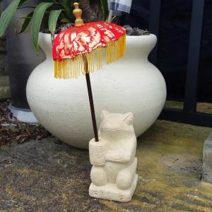 バリ島のカエル 石像 置物 パユン バリ傘つき H20 アジアンガーデン バリ風 エクステリア|caran2