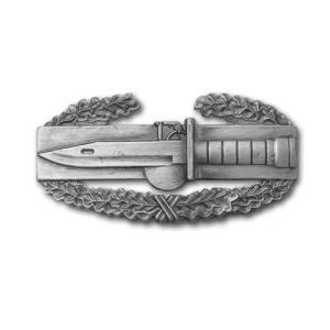 アメリカ陸軍 技能章 - 戦闘活動功章 - いぶし銀仕上 サービスドレス胸用 米軍 ミリタリーバッジ|card-museum