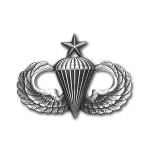 アメリカ陸軍 技能章 - パラシュート シニア章 - いぶし銀仕上 サービスドレス胸用 米軍 ミリタリーバッジ|card-museum