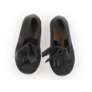 ブランド:ZARA(ザラ) カテゴリー:フラットシューズ・スリッポン サイズ:靴12cm〜 色:グレ...