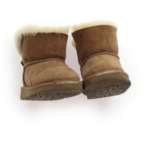 ブランド:UGG(アグ) カテゴリー:ブーツ サイズ:靴15cm〜 色:茶色 状態:★★ 記名:なし...
