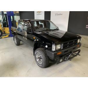 ダットサン DATSUNトラックダブルキャブ4WD ダブルキャブAD4WD