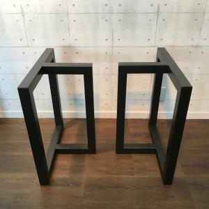 お持ちの天板や、お好きな材料で製作された天板に合わせてご使用いただくテーブル脚です。 存在感のあるア...