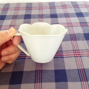 コーヒーカップ ソーサー セット 花びら型 和食器 陶峰窯 白 京都染付|cayest