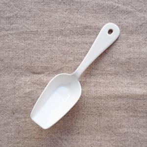 琺瑯 白 ミニスコップ 11cm シュガースプーン かわいい 日本製|cayest