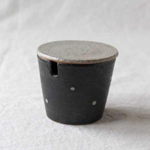 シュガーポット ドット 黒 陶器 砂糖入れ 水玉 かわいい 信楽焼|cayest