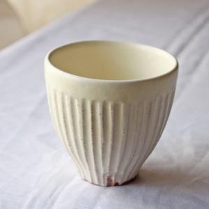 粉引 湯呑 縞粉引 白 シンプル かわいい カップ|cayest