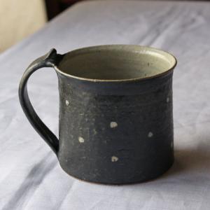 陶器 マグカップ ドット 水玉 白黒 信楽焼 シンプル かわいいマグ|cayest