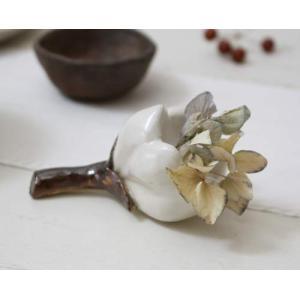 一輪挿し 花器 白い花 花瓶 陶器 ドライフラワー nakanaka50|cayest